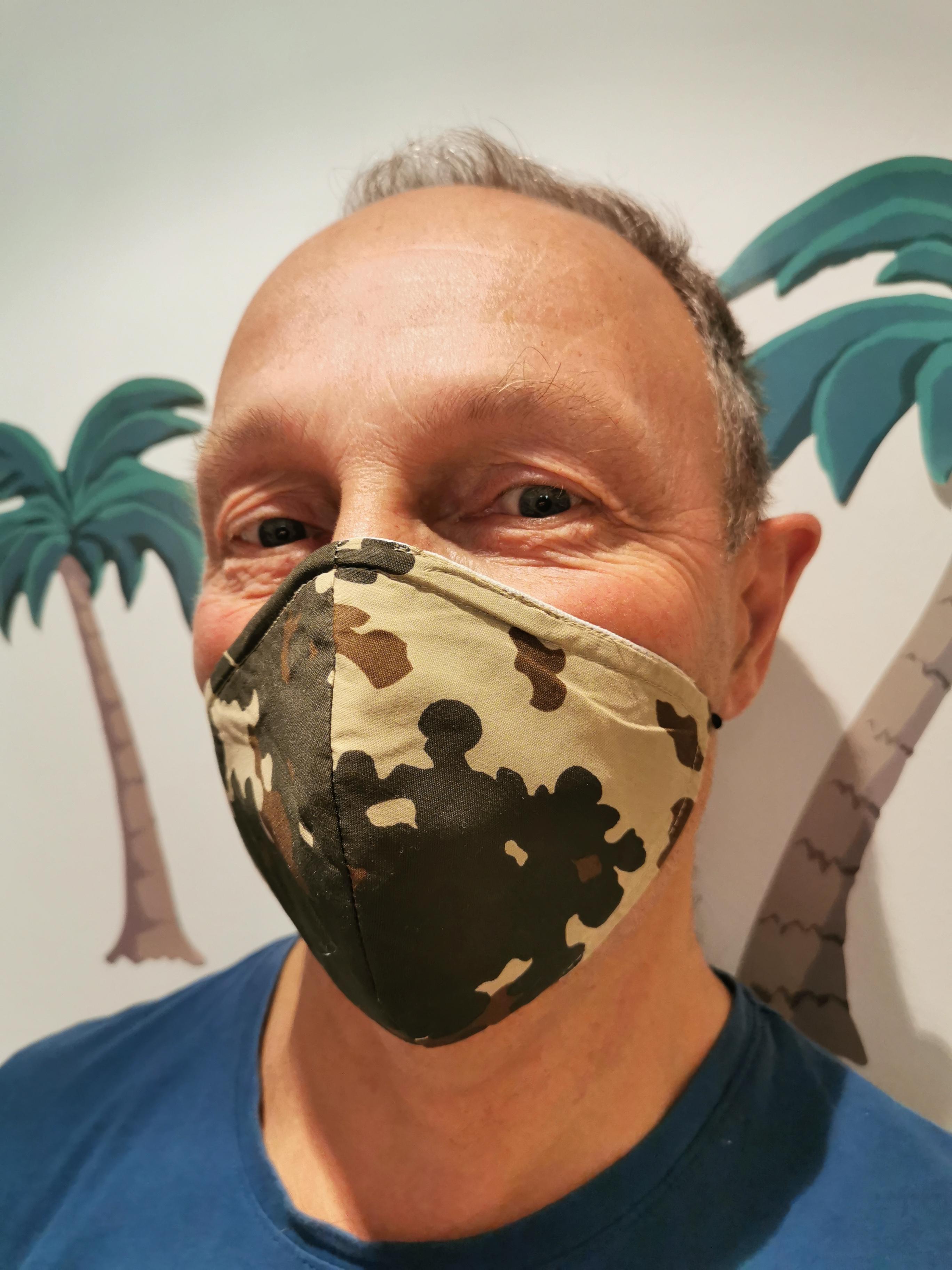 Mund-Maske im Camouflage Design von Alzsteg Alpakas